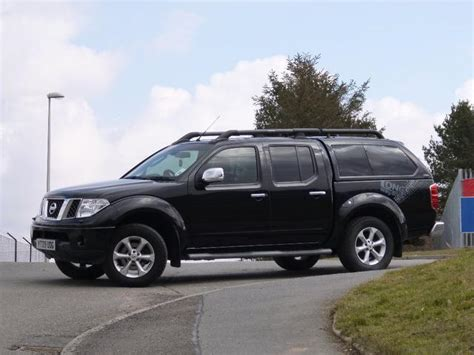 nissan navara 2009 nissan navara 2 5 2009 auto images and specification