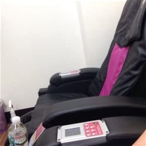 planet fitness massage chairs planet fitness leominster ma yelp