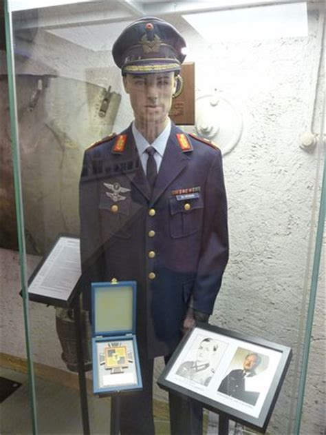 complete uniform of a german air force general item recuni 1 2 us tank in courtyard picture of national museum of
