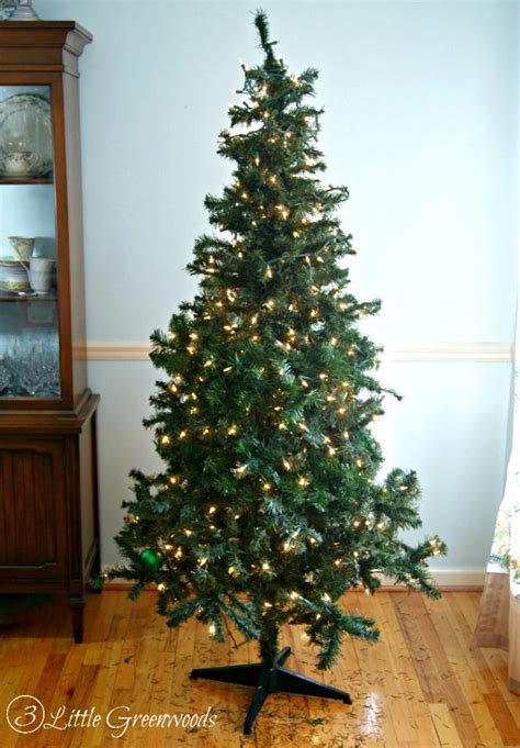 riddles for a fake christmas tree she spends less than 10 to make 15 year artificial tree look fuller