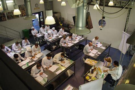a tavola con lo chef un nuovo anno per la scuola a tavola con lo chef agrodolce