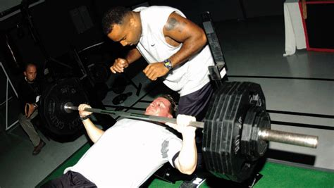 bench pressing people quot perfection7 s cool blog for attractive people quot april 2010