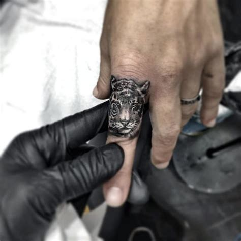 tiger finger tattoo 30 simple finger design ideas for golfian