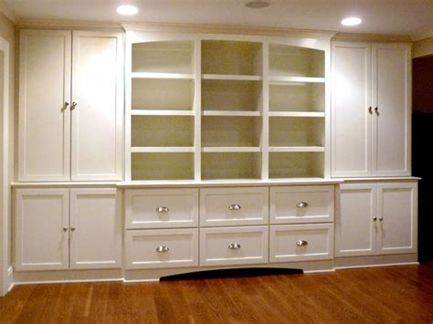 Entertainment Center For Bedroom by Best 25 Bedroom Wall Units Ideas On Bedroom