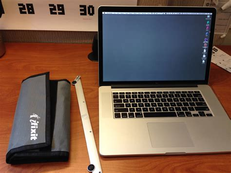how to lock macbook pro retina to desk how to lock your macbook pro to your desk hi