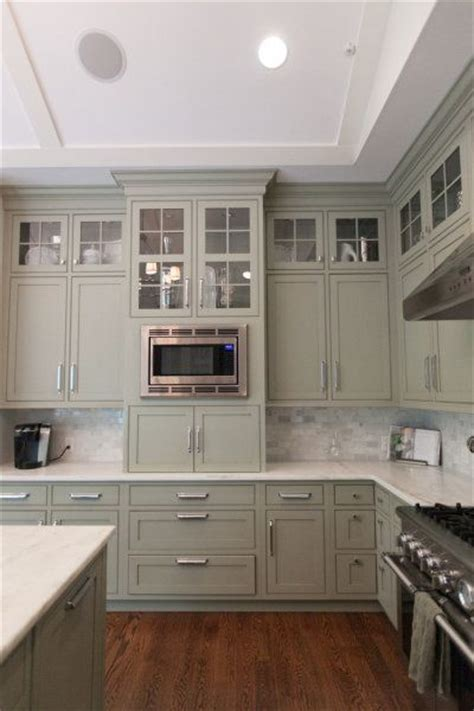 pale green kitchen cabinets best 25 tall kitchen cabinets ideas on pinterest white
