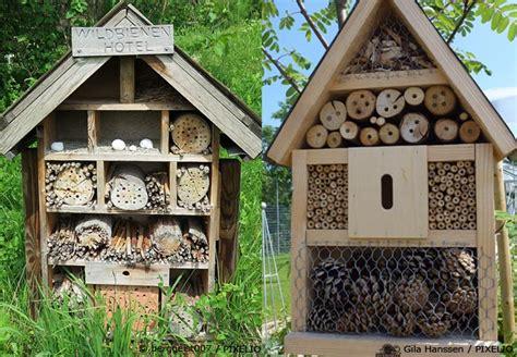 wildbienenhotel bauen anleitung insektenhotel selber bauen mit bauanleitung garten
