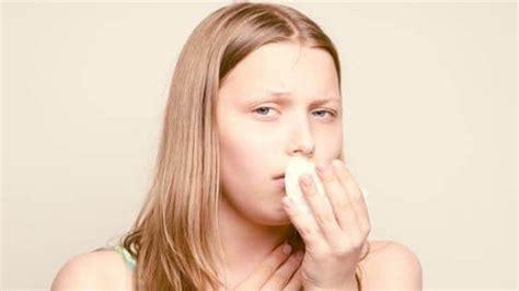 mengatasi batuk  bayi  kunyit