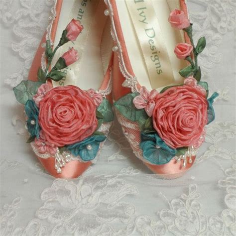 Flower Shoes by Best 25 Costumes Ideas On