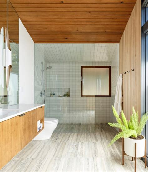 Stylish Mid Century House With Warm Colored Wood Decor | stylish mid century house with warm colored wood decor