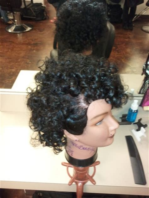 photos of the diffrence between a spiral perm and a nomal perm whats the difference between spiral perm and regular perm