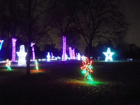 Gadfly Investigations Newspaper Preview Of Wild Lights At Detroit Zoo Light Show
