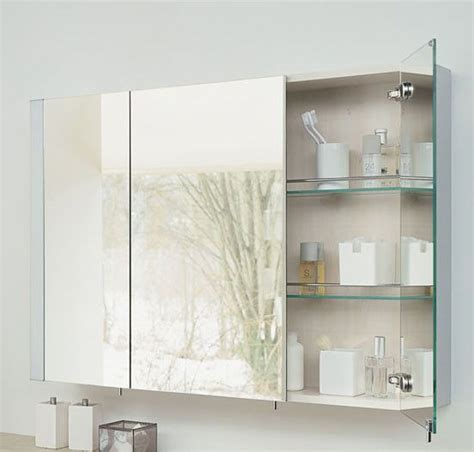 trendy bathroom mirrors 29 functional and stylish bathroom mirrors digsdigs