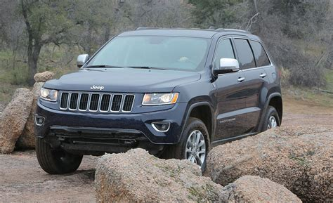 2014 Jeep Grand Laredo Vs Limited Car And Driver
