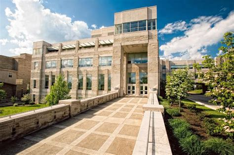 Ius Mba Tuition by Top B Schools For Tuition Scholarships Bloomberg