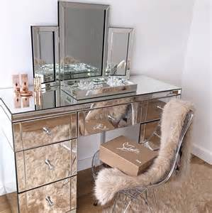 makeup table and mirror 25 best ideas about makeup vanity desk on