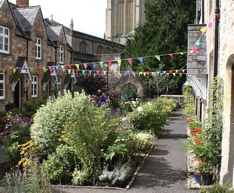 Wonderful Almshouses by Almshouses Welcome More Than 150 Visitors During Heritage