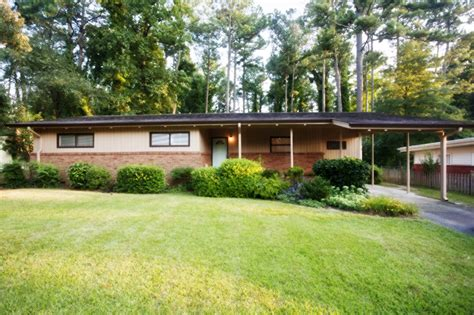 mcm home in town mid century modern gem domorealty