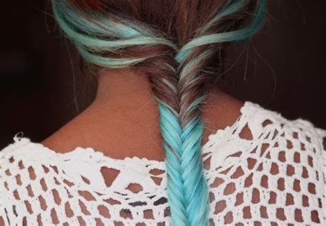 pictures of blue hair braided into brown hair blue brown hair fishtail braid hairstyle highlights
