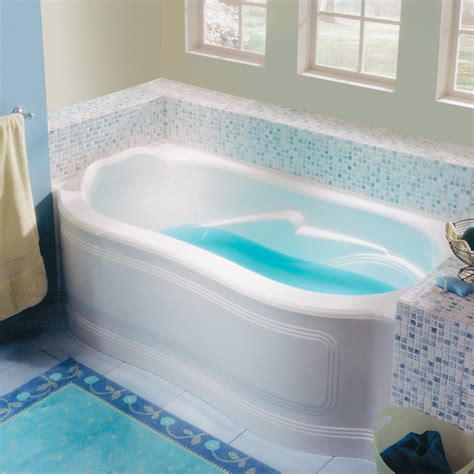 bathtub photo alcove
