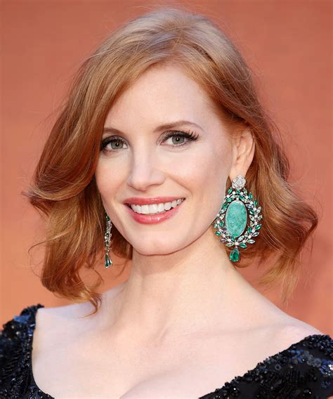 hairstyle for overbite the best celebrity bobs celebrity bobs jessica chastain