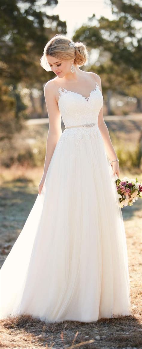 Flowing Wedding Dresses by 25 Best Ideas About Flowing Wedding Dresses On