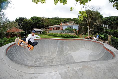 backyard skate bowl backyard bowls in florian 243 polis brazil confusion