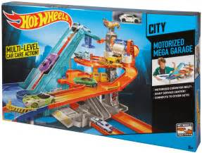"Mattel  Hot Wheels Motorized Mega Garage   Toys""R""Us"