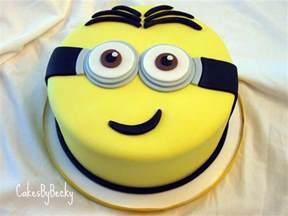 minions kuchen cakes by becky minion birthday cake