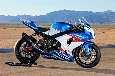 Yoshimura Suzuki Racing Team Suzuki Gsx R 1000 Endurance Racing Team Car Interior Design