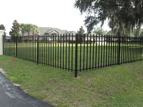 Backyard Metal Fence by Front Yard Metal Fence Www Pixshark Images