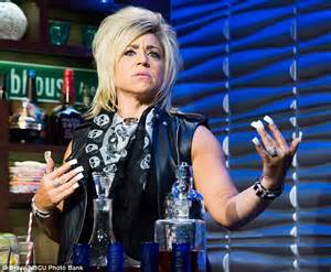 what hair spray does teresa caputo use theresa caputo are her nails real hairstyle gallery