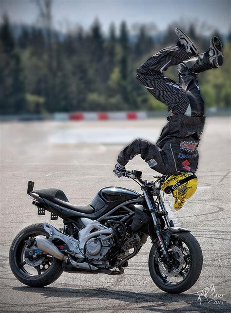Motorrad Stunt Bilder by Stunt Motorrad Show Ii Foto Bild Autos Zweir 228 Der