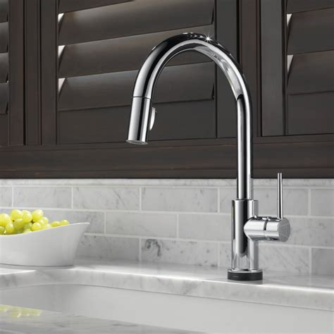trinsic pull touch single handle kitchen faucet with
