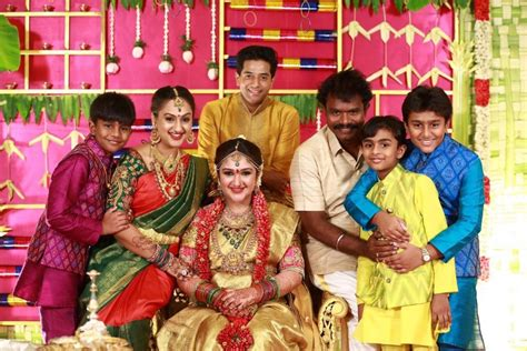 tamil actor sridevi vijayakumar sridevi vijayakumar baby shower photos photos images