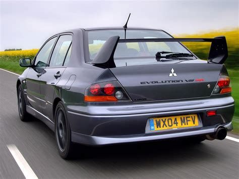 mitsubishi evo 8 mitsubishi lancer evo 8 picture 12 reviews