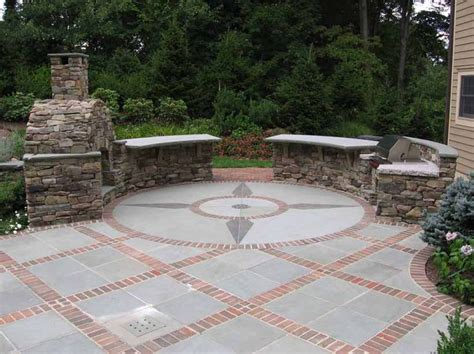 Backyard Masonry Ideas Best 25 Brick Patios Ideas On Backyard Patio