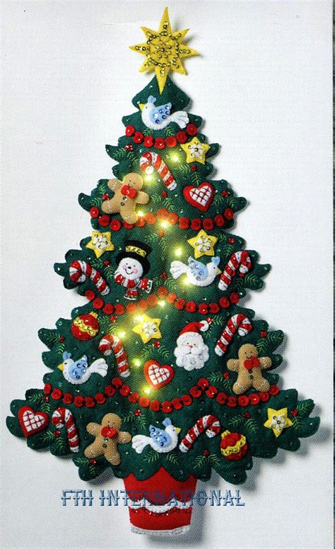 merry bright christmas tree bucilla felt wall hanging