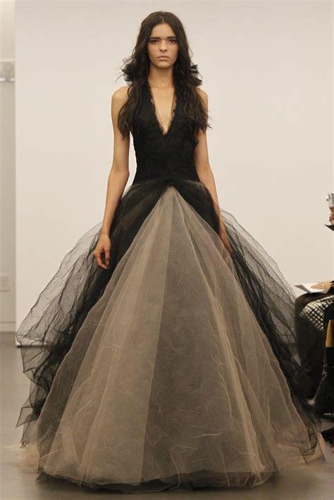 vera offbeat wedding dress collection fall 2012