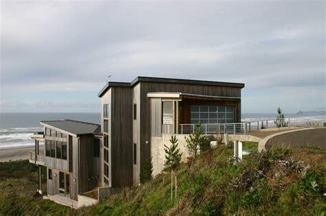 modern beach house houzz neskowin beach house contemporary exterior portland