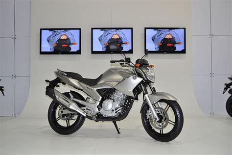 Kaos Motor Otomotif Yamaha New Vixion Ar yamaha vixion 2012 info motor baru