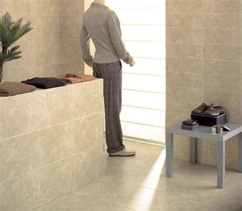 Bathroom Tiles   Rapolano Marfil   Cream Travertine