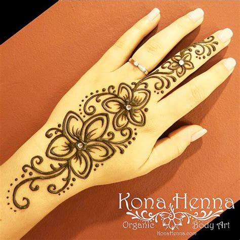 henna tattoo auf der hand 29 beautiful henna mehndi muster makedes