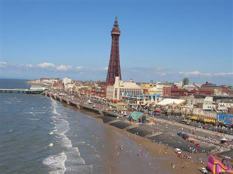 houses to buy in blackpool blackpool tourist info the barton house b b