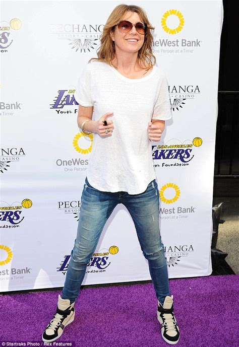 ellen pompeo treats daughter stella   front row seats   lakers daily mail