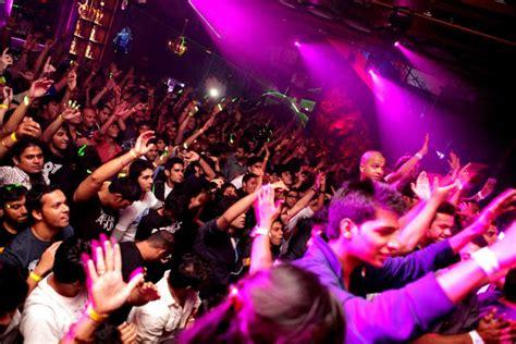 Top Bars In Mumbai by Best Bars Clubs In Mumbai A Listly List