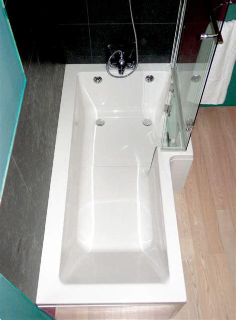 savana walk  shower bath  glass door practical bathing