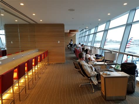 lax terminal  american airlines admirals club  flagship lounge opening  view   wing