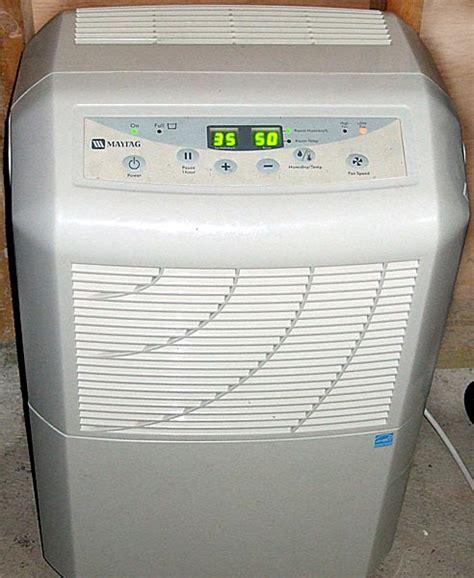 schimmel wohnung test luftentfeuchter feuchtigkeit reduzieren und