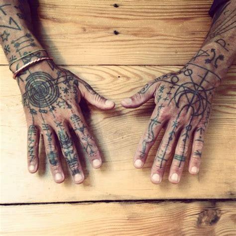 Handmade Tattoos - 25 melhores ideias sobre tatuagem de arco no p 233 no